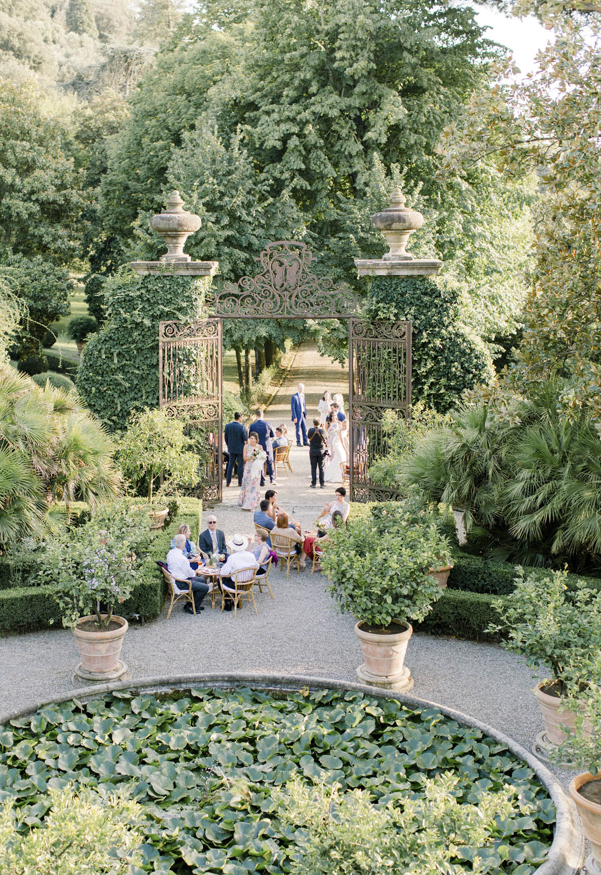 Renaissance-garden-wedding