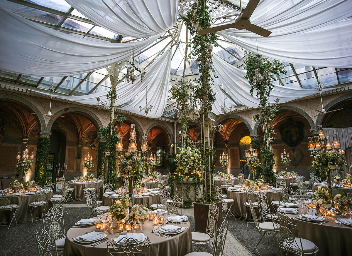 wedding-at-Castle-di-Torcrescenza-Rome-Italy-dinner-tables-with-centerpieces-and-candles