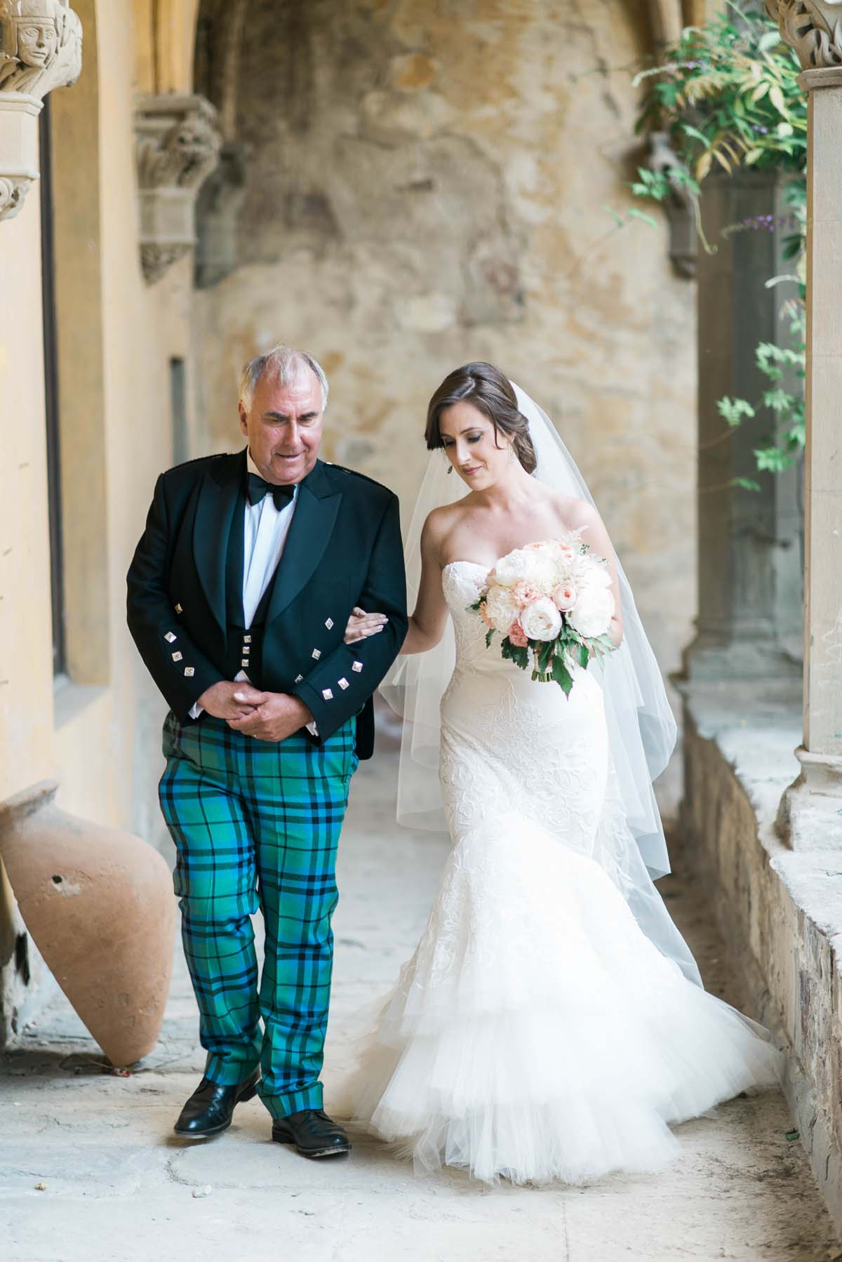 Scottish-wedding-Florence-castle