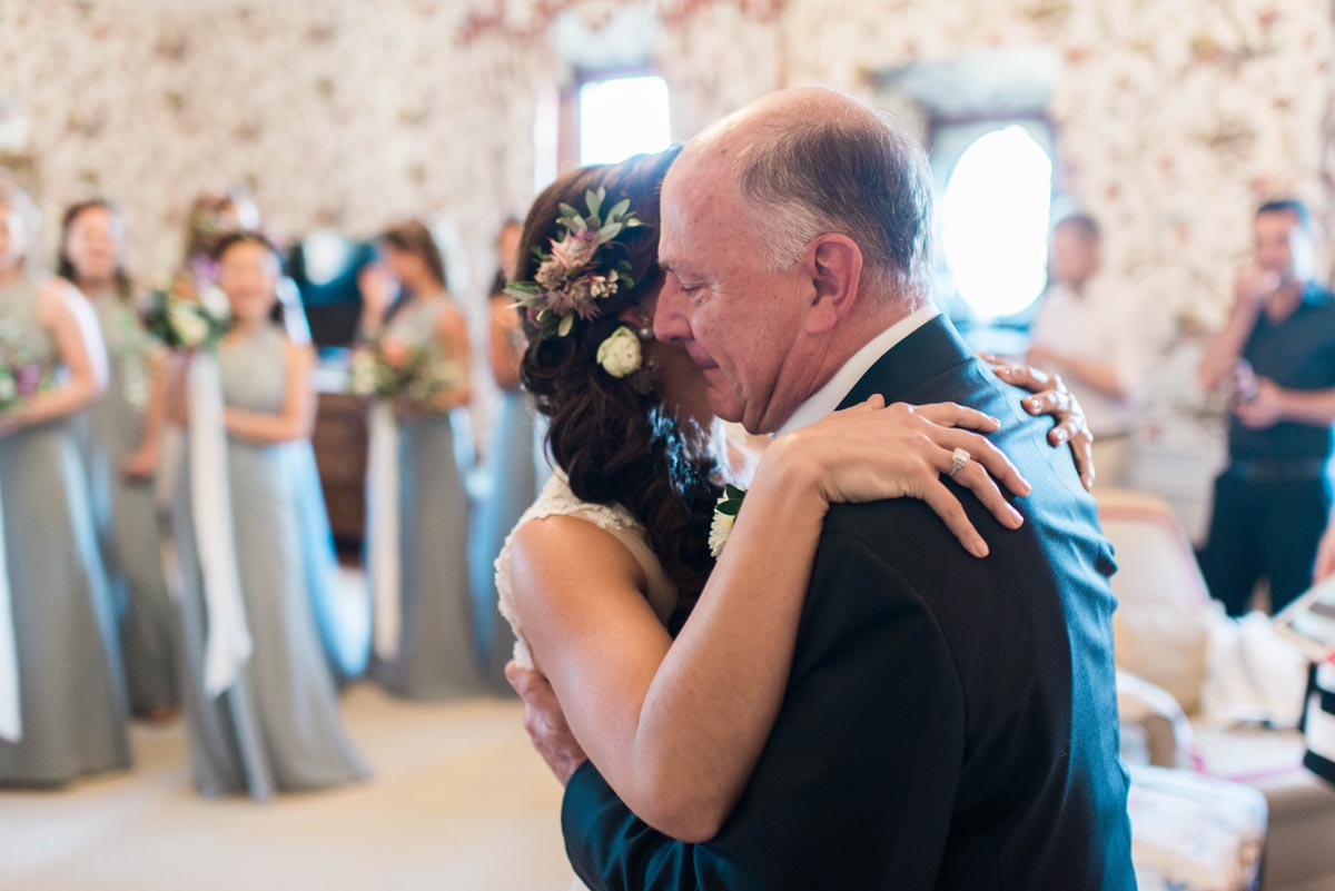 father-emotional-as-he-sees-his-daughter-the-bride-for-the-first-time