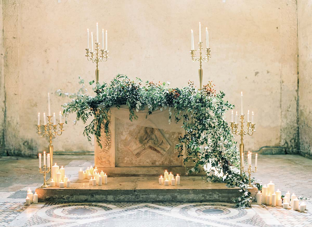 olive-leaf-altar-with-candles