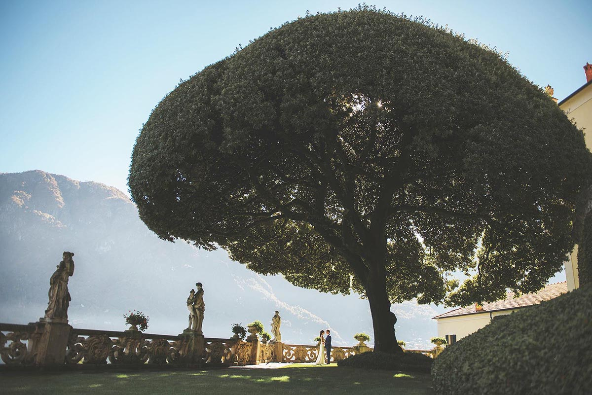 Villa Balbianello-Lake-Como-garden-wedding