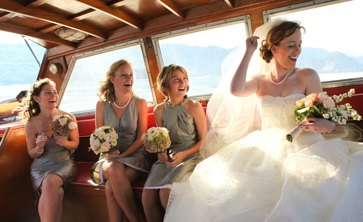 bride-on-boat-on-her-way-to-the-wedding